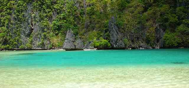 {take a tour} El Nido Tour D : Island Beaches